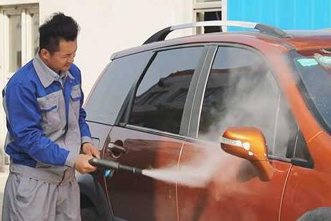 投资洗车品牌选择哪个好 加盟洗车快手桑拿蒸汽洗车怎么样