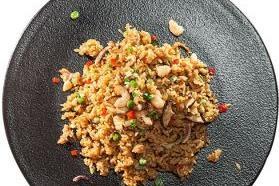 山村米姑娘炒饭
