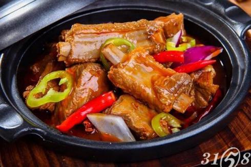 卤肉饭店怎样经营人气高 锅先森品种多元化