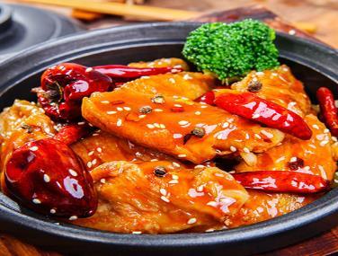 鍋先森臺灣鹵肉飯快餐