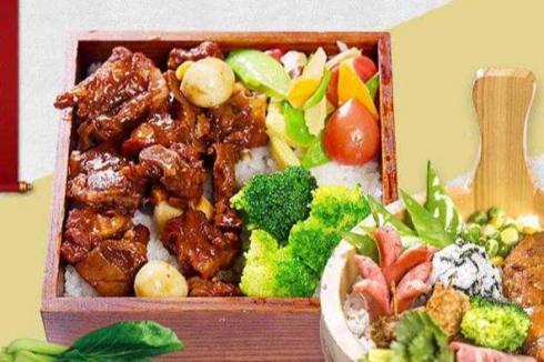 在小县城开快餐店好吗 做生意能**吗