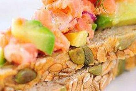 虾座小龙虾三明治