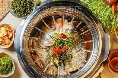 华氏老街坊捞汁瀑布锅