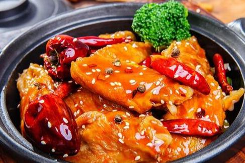 卤肉饭加盟哪个品牌好 锅先森发展如何