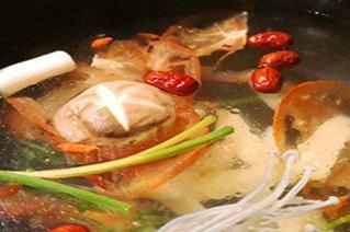 腩潮鲜牛腩火锅