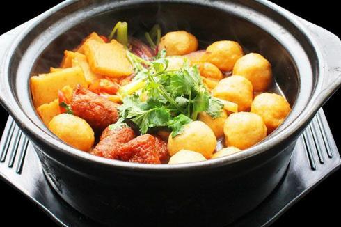如今經營一家餐飲店 選擇美腩子燒汁蝦米飯