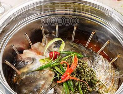 华氏老街坊捞汁瀑布锅加盟费多少
