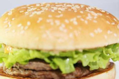 貝克漢堡為你分析:縣城開快餐店是自創品牌好還是加盟好