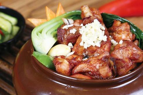 坛子焖肉地址在哪里 哪里可以吃到这么美味的美食