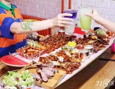 滑板雞夢想主題餐廳