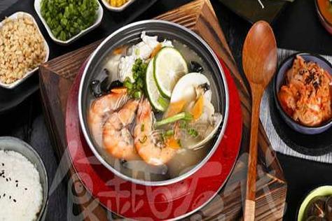 食趣石代石鍋飯值得在2019年加盟嗎