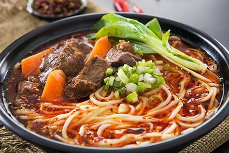 实力中式快餐品牌有哪些 老城街重庆小面发展好