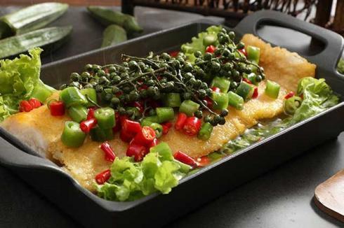 新型快餐饭模式 比优福板烧鱼饭优势多