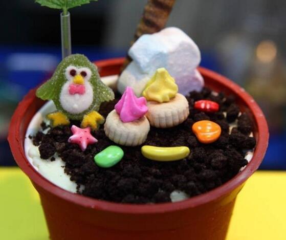 开冰淇淋店**吗
