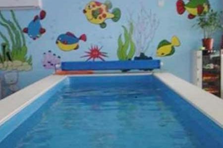 婴儿早教游泳加盟