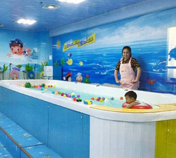 香港卡依嬰兒游泳館