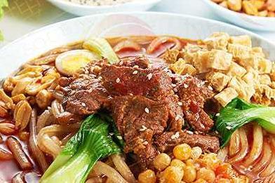 重庆哪里有学冒菜的 加盟一般要具备什么条件