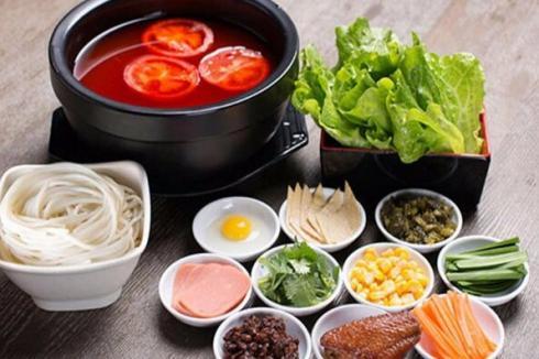 三鮮砂鍋米線的做法及配方 投資張一碗免費學