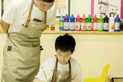 儿童美术行业发展如何 去投资什么品牌能**