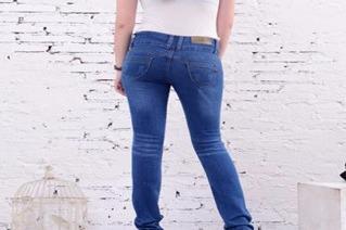 开个牛仔裤专卖店怎么进货 一次拿多少合适