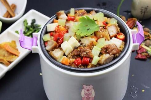 爱尚焖小猪烤肉焖饭在县城开一家**吗