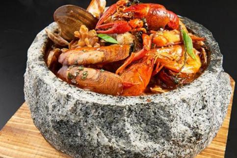 中式快餐加盟如何選擇品牌 鮮饞后飽