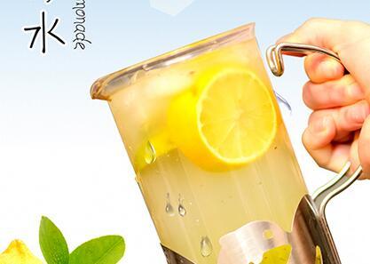 开一家奶茶饮品加盟店需要多少* 街吧茶饮