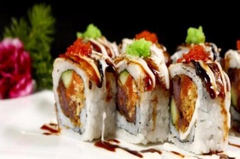 學校周邊開一家壽司小吃店生意好嗎