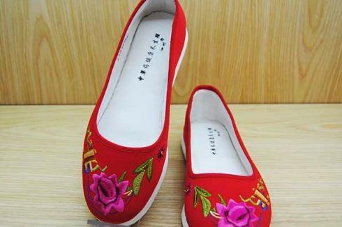 布鞋只有老式的款式吗