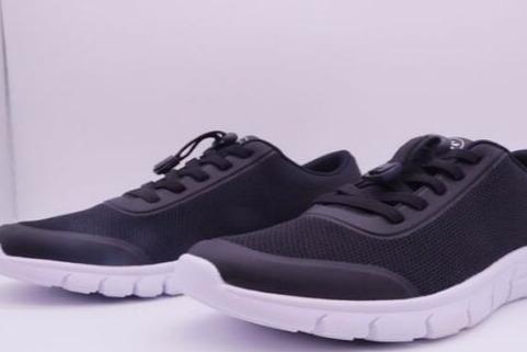 老年跑步鞋好卖吗