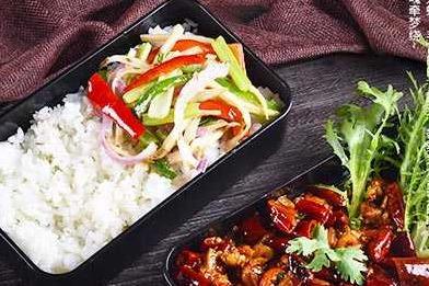 中式快餐店加盟哪个好 开店费用有哪些