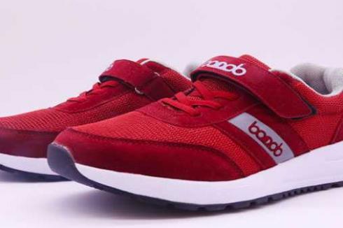 哪个品牌鞋适合老人穿 健步鞋怎么代理