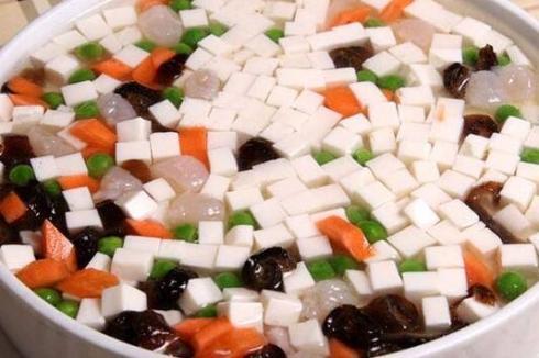 鲜豆人家花生豆腐机哪里有店 前期投资多少资金可以开店
