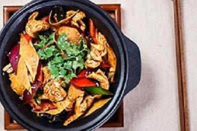 黄焖鸡快餐形式如何制作