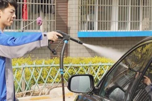 開洗車店好嗎 洗車快手桑拿蒸汽洗車生意怎么樣