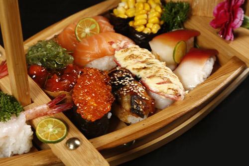 现在嘿店寿司小吃可以加盟吗 加盟费是多少