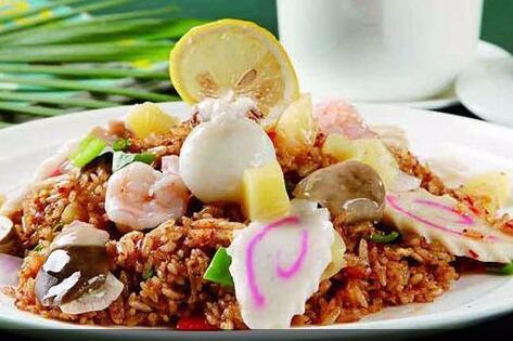 王記順海鮮炒飯的特色是什么 其菜品的價格貴不貴