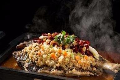 在学校附近做什么餐饮适合 鱼谷稻烤鱼饭受欢迎吗