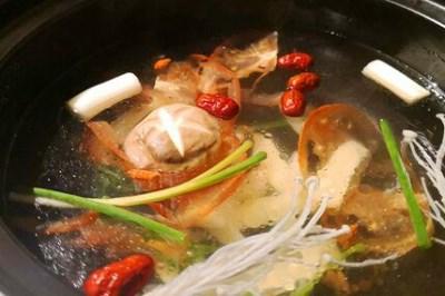 腩潮鲜牛腩火锅属于哪个公司