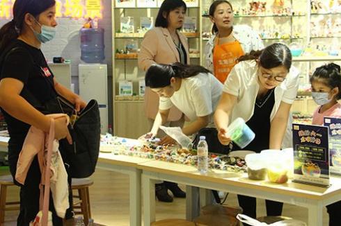 龙喵新语儿童手工体验馆生意怎么样 怎么扩大利润空间