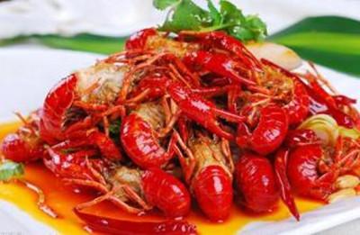 爱尚虾友记为消费者展现了健康的小龙虾