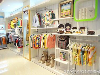 小淘气童装店卖的不仅仅是童装,更是一种产品体验和时尚搭配理念.