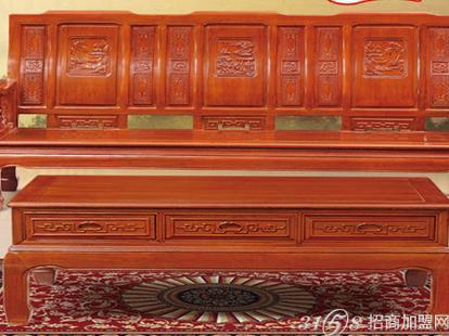 传统的木制家具时间一长就会腐烂