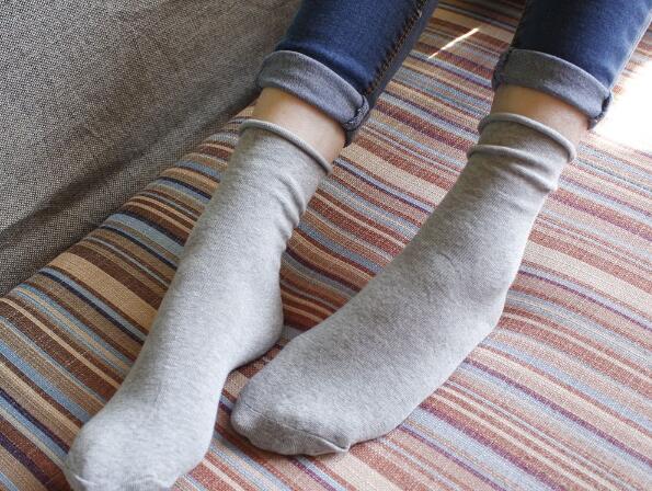 批发袜子哪里便宜,哪里批发袜子最便宜