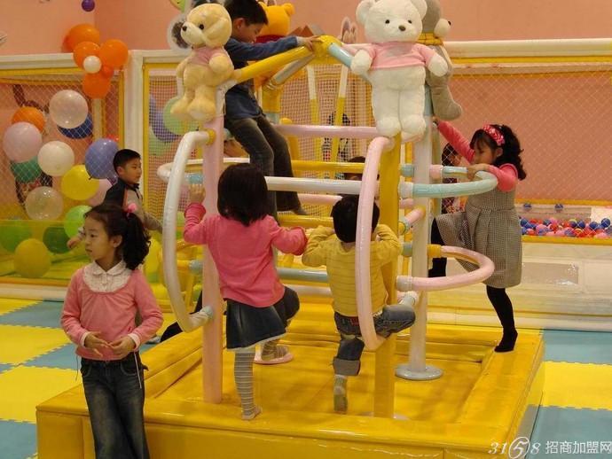 室内儿童乐园哪个品牌好?开心哈乐最赚钱