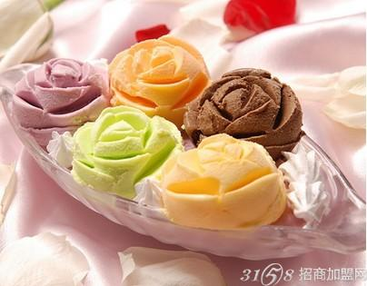 的手工酸奶覆盖了传统,独家创意出可以嚼的酸奶,可以烘焙的酸奶,可以