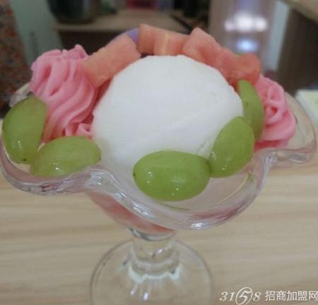 冰淇淋在形态方面也包含了花卉