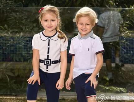 诺贝达童装拥有自己的产品研发基地和服装设计团队,根据中国儿童的生图片