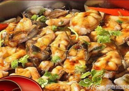 极品皇记煌焖锅味道怎么样?市场上受欢迎吗?