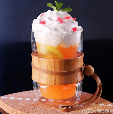 鲜果蜜语奶茶饮品
